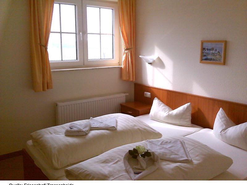 Reit & Freizeithotel Friesenhof